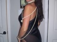 En robe de soirée - Femme mûre sexy
