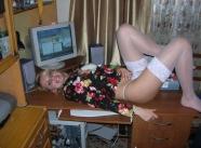 lingerie sexy blanche - étudiante blonde