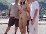 avec trois mecs - Exhibitionniste