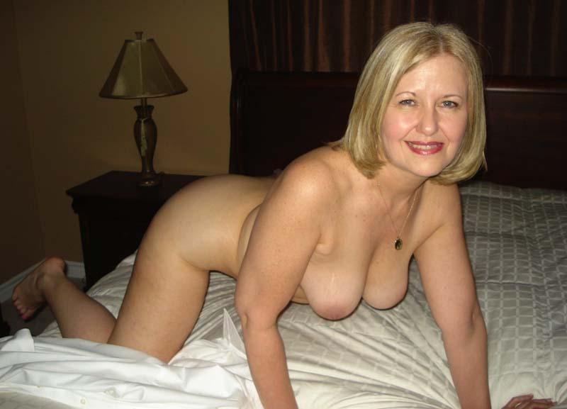 Femme mature blonde