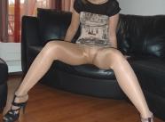 écarte les jambes - Femme en collants