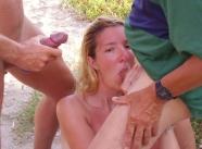suce plusieurs bites - sexe plage