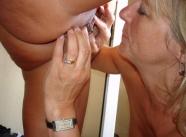 Lesbienne - Vieille salope blonde